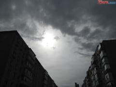 Avertizare meteo: Frig si ploaie in toata tara -UPDATE Vant puternic in mai multe judete