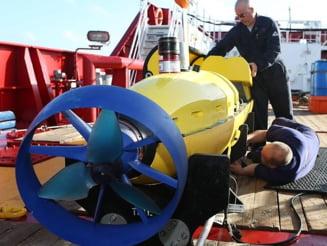 Avion disparut in Oceanul Indian: Obiecte misterioase gasite pe fundul apei