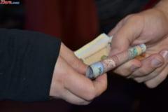 BAC 2014 Director de liceu, arestat preventiv: Ar fi luat spaga 5.000 de euro, whiskey si cafea