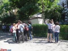 Bacalaureat 2013: Ce spun elevii: Sa mori tu ca functioneaza camerele alea!