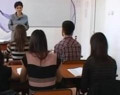 Bacalaureat 2015: Elevii se pot inscrie de luni la examen. Cand vor avea loc probele