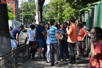 Bacalaureat 2015: Mii de absenti, zeci de elevi dati afara pentru copiat