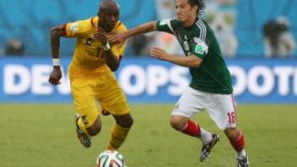 CM 2014: Mexic a invins Camerunul dupa o partida cu mari greseli de arbitraj