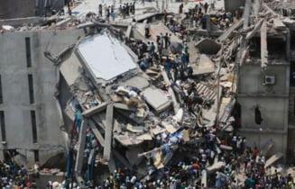 Cladire prabusita in Bangladesh: Managerii fabricii au fost arestati