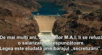 Clipul zilei: Apocalipsa lui Carmen Dan - se rupe barajul cu politisti
