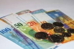 Criza creditelor in franci elvetieni: Protectia Consumatorilor cere o solutie legislativa (Video)