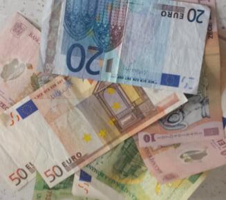 Curs euro-leu: Criza din Grecia loveste in leu - Scadere pe toate planurile