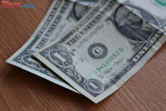 Curs valutar: Dolarul face un mare pas in spate