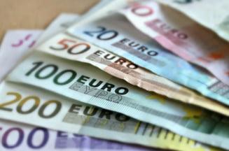 Curs valutar: Euro continua sa scada - cel mai mic nivel din ultimele doua luni