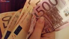 Curs valutar: Euro scade un pic, iar francul elvetian continua sa creasca