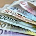 Curs valutar: Dupa cel mai slab leu din istorie, euro scade