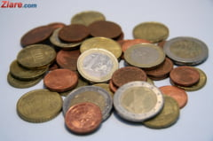 Curs valutar: Euro a scazut, iar dolarul a crescut