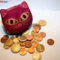 Curs valutar: Euro creste, dar dolarul scade. Si aurul s-a ieftinit