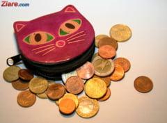 Curs valutar: Euro creste usor, iar aurul continua sa scada