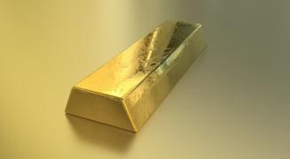 Curs valutar: Euro scade usor. Aurul atinge un nou record al ultimilor ani