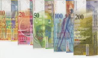 Curs valutar: Francul elvetian atinge un nou maxim