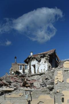 Cutremur devastator in Italia: 5 romani au murit. Alti 11 sunt dati disparuti