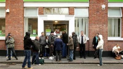 Daily Mail: 30 de milioane de romani si bulgari vor primi drept de munca in Marea Britanie