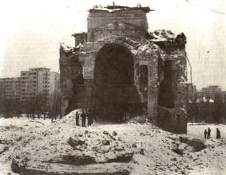 De la cititori: Cine a salvat bisericile din Bucuresti?