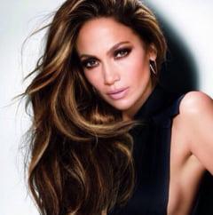 Decolteul saptamanii: Jennifer Lopez a furat toate privirile la MTV Movie Awards