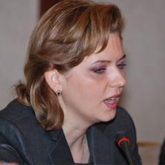 Deutsche Welle: Roberta Anastase si morala de grup