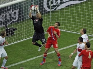 EURO 2012: Polonia a remizat cu Rusia. Show total la Varsovia! (Video)