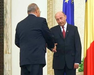 Editorial: Nici Marga, nici Basescu. Romania!