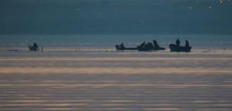 Elicopter SMURD prabusit in Siutghiol: Salvatori veniti cu barca cu motor stricat - au vaslit