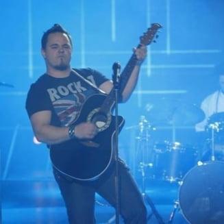 Eurovision 2016: Ovidiu Anton, rugat de fani sa accepte invitatia Moldovei: Fii roman adevarat!
