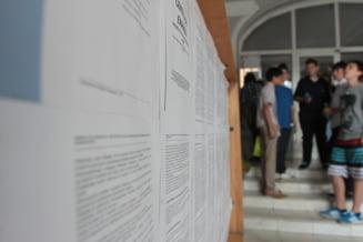 Evaluare nationala 2012 Rezultatele au fost afisate in toata tara (Video)