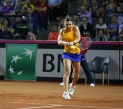 Fed Cup: Simona Halep pierde fara drept de apel in fata lui Kerber
