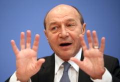 Financial Times: Basescu, in ape tulburi. Politica romaneasca este rareori plictisitoare
