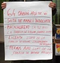 Fotografia zilei: Protest solitar fata de candidatura lui Piedone