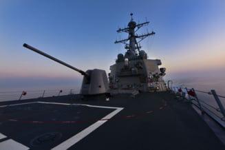 Fotografia zilei: Un distrugator american trage cu munitie de razboi in Marea Neagra