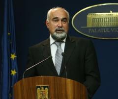 Guvernul Ponta2: Cine este Varujan Vosganian, ministrul Industriei si Comertului