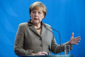 Incepe Brexit: Merkel respinge cererea UK pentru negocieri paralele