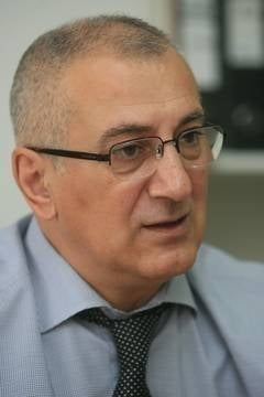 Invitatii Ziare.com George Padure: Sustinerea si clonarea lui Adrian Nastase