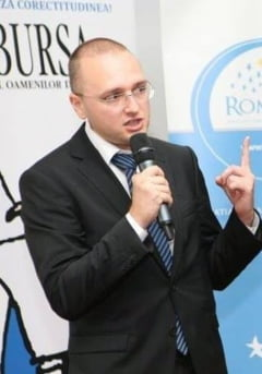 Invitatii Ziare.com Lucian Lumezeanu: De ce moare presa