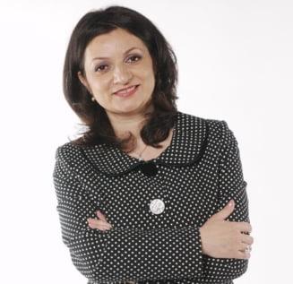 Invitatii Ziare.com Oana Badea: La Guvern se filmeaza! Episodul vacanta de Paste