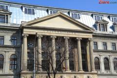 Legea salarizarii: Salariile vor creste in universitati, dar doar la directori si secretarii sefi - amendament