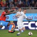 Liga 1: FCSB castiga un meci plin de nervi la Craiova si inca spera la titlu