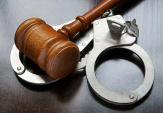 Mafia retrocedarilor: DNA cere arestarea preventiva a unui judecator