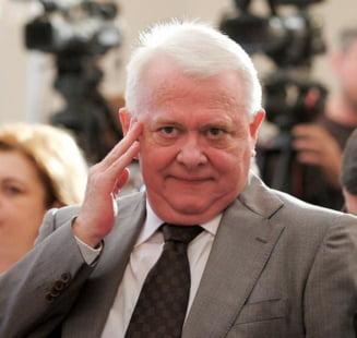 Mafia retrocedarilor: Viorel Hrebenciuc a fost retinut