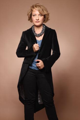 Make-up cu Mirela Vescan: Machiaj de mireasa - look american