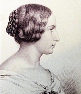 Mandru ca sunt roman: Elena Ghica, prima femeie care a escaladat Alpii, infigand in varf tricolorul romanesc