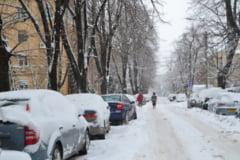 Meteo: Ploi, lapovita si ninsoare - 28 de judete, sub cod galben