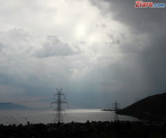 Meteo: Dimineata cu cod galben de furtuni pentru aproape toata tara