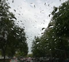 Meteo: Inca o zi calda. Apoi vin ploile si frigul