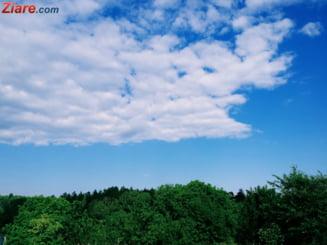 Meteo: Ne bucuram de zile frumoase pana marti, cand se intorc ploile
