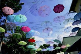 Meteo: Ploi torentiale si vant agitat - cand revine canicula